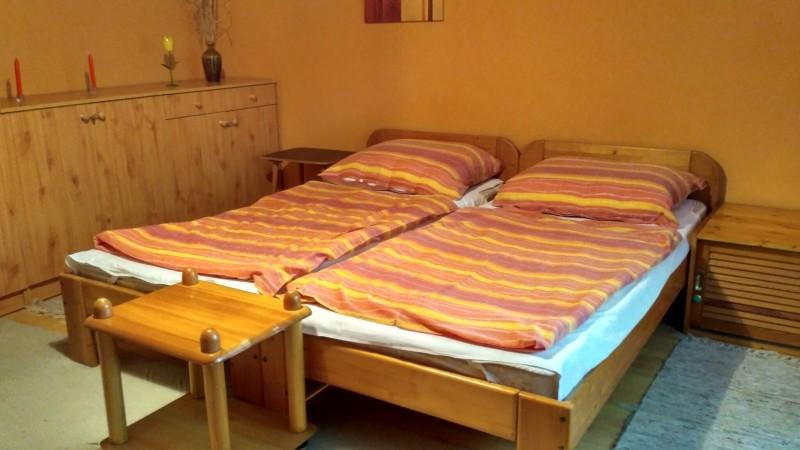 2 szemályes szoba