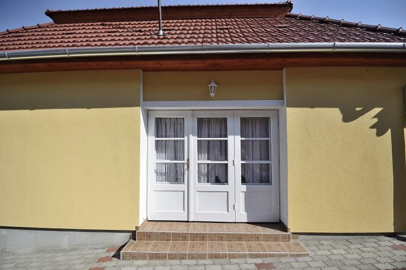 Apartman 1. Bejárat
