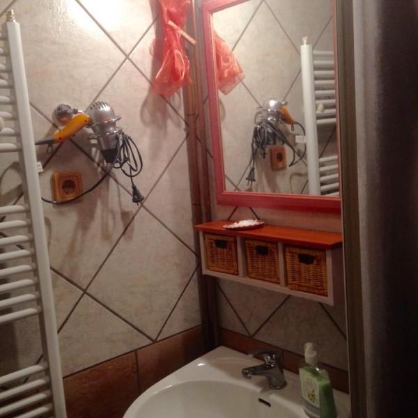 Fszt zuhanyzó