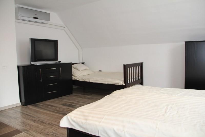 Hálószoba (emelet nagy)